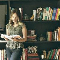 10 libri da tenere in vista nella libreria in salotto