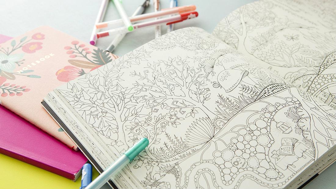 Libri da colorare per adulti 10 colouring book antistress - Colorare le pagine di verdure ...