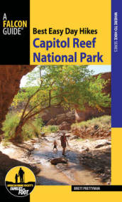 Best Easy Day Hikes Capitol Reef National Park