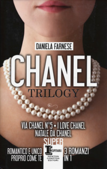 Chanel trilogy: Via Chanel n°5-I love Chanel-Natale da Chanel