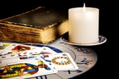 Total Tarot (For the Keen Amateur or Budding Professional)